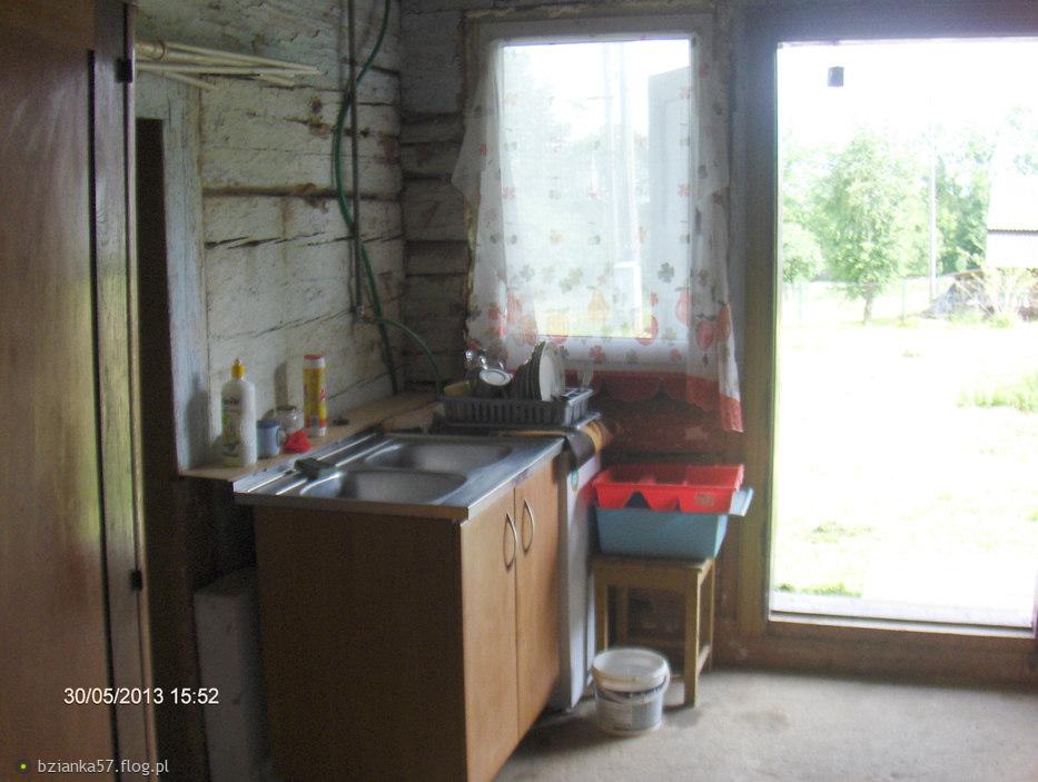 Nowe stare okno w sieni i nowy stary zlewozmywak i nowa stara pralka  Fotobl   -> Stara Kuchnia Kaflowa Cena