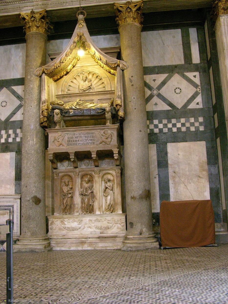 8483662_donatello-e-michelozzo-monumento