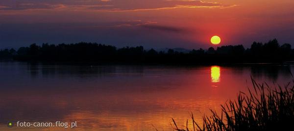 http://s10.flog.pl/media/foto_middle/7499372_z-nad-wodymilej-nocy-pani-zycze.jpg
